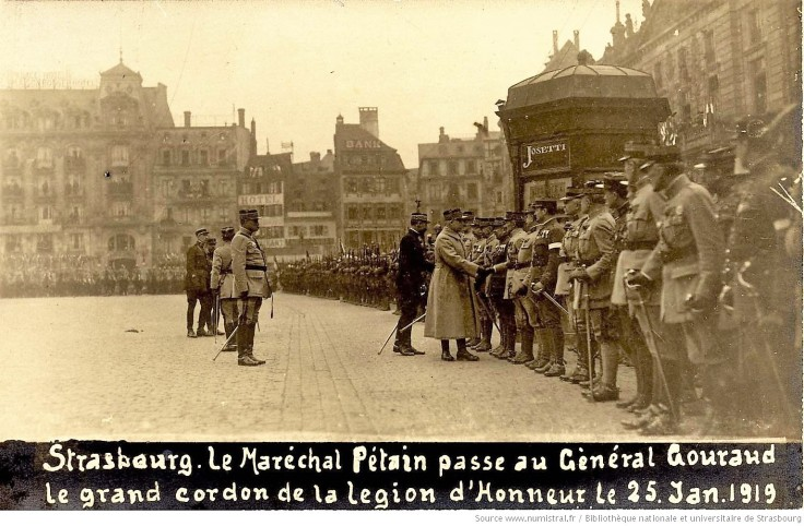Strasbourg_Le_Maréchal_Pétain_passe_[...]_btv1b10221217g_1
